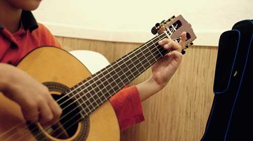 tastet_guitarra