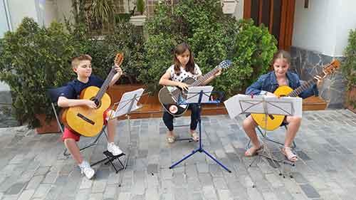 conjunt de guitarres